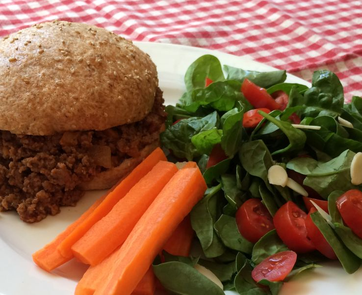Sloppy Joes on Low-Carb Buns